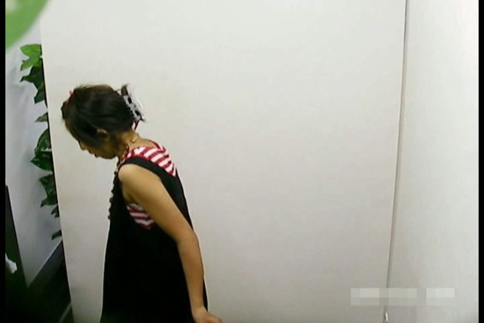 素人撮影 下着だけの撮影のはずが・・・エミちゃん18歳 丸見え AV動画キャプチャ 103画像 6