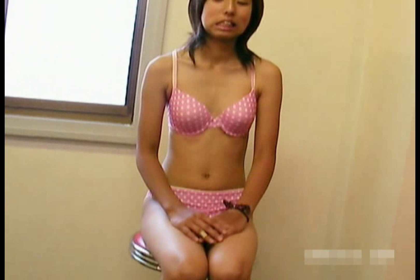 素人撮影 下着だけの撮影のはずが・・・エミちゃん18歳 水着   盗撮  103画像 25