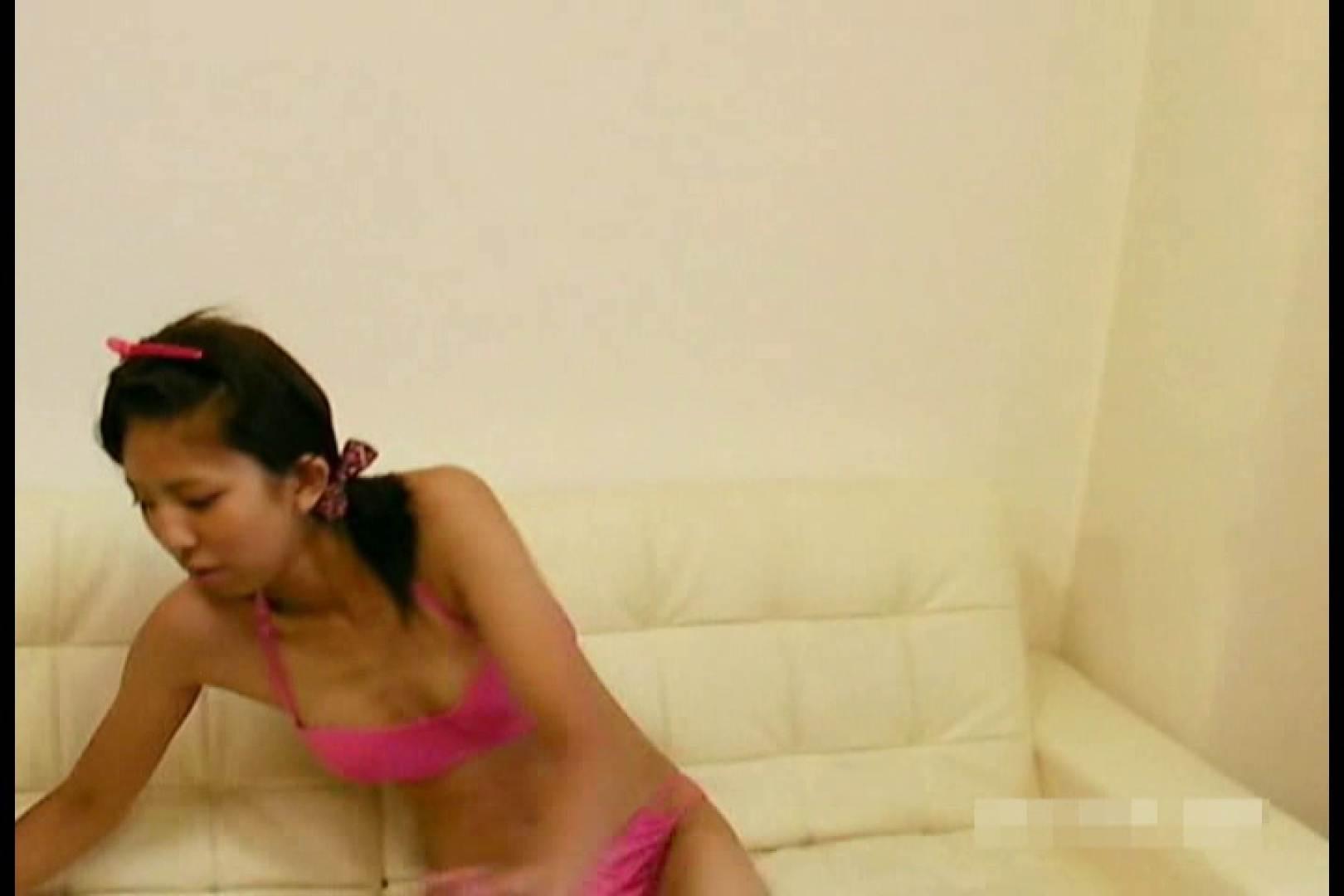 素人撮影 下着だけの撮影のはずが・・・エミちゃん18歳 水着   盗撮  103画像 49