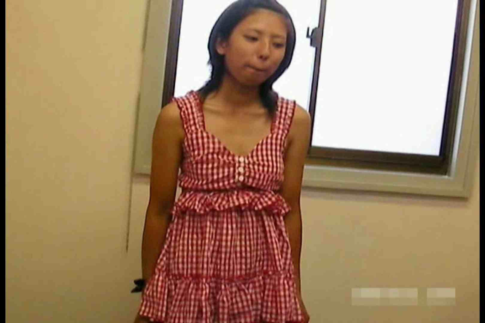 素人撮影 下着だけの撮影のはずが・・・エミちゃん18歳 水着   盗撮  103画像 73