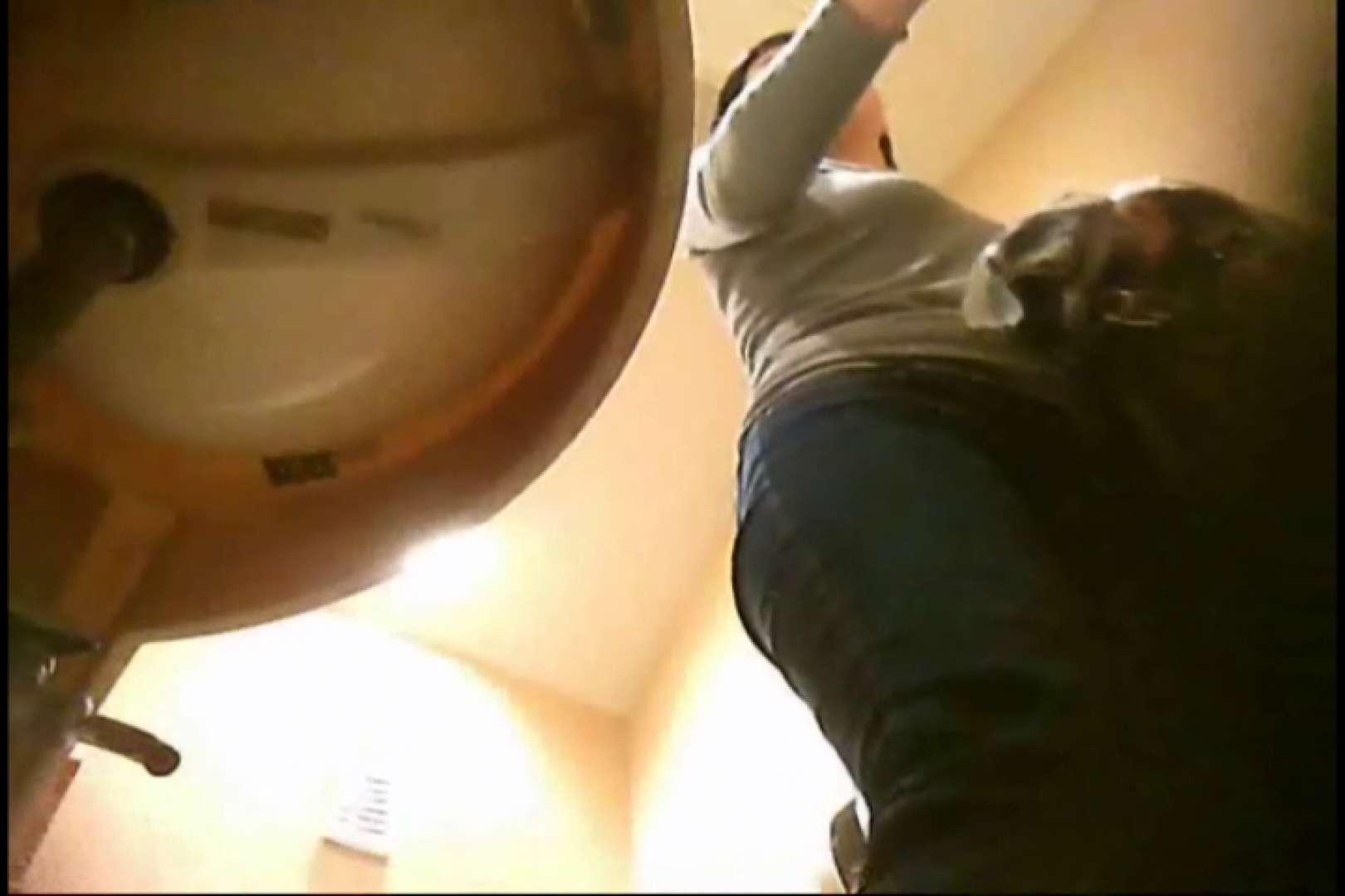潜入!!女子化粧室盗撮~絶対見られたくない時間~ 潜入報告   おっぱい  102画像 61