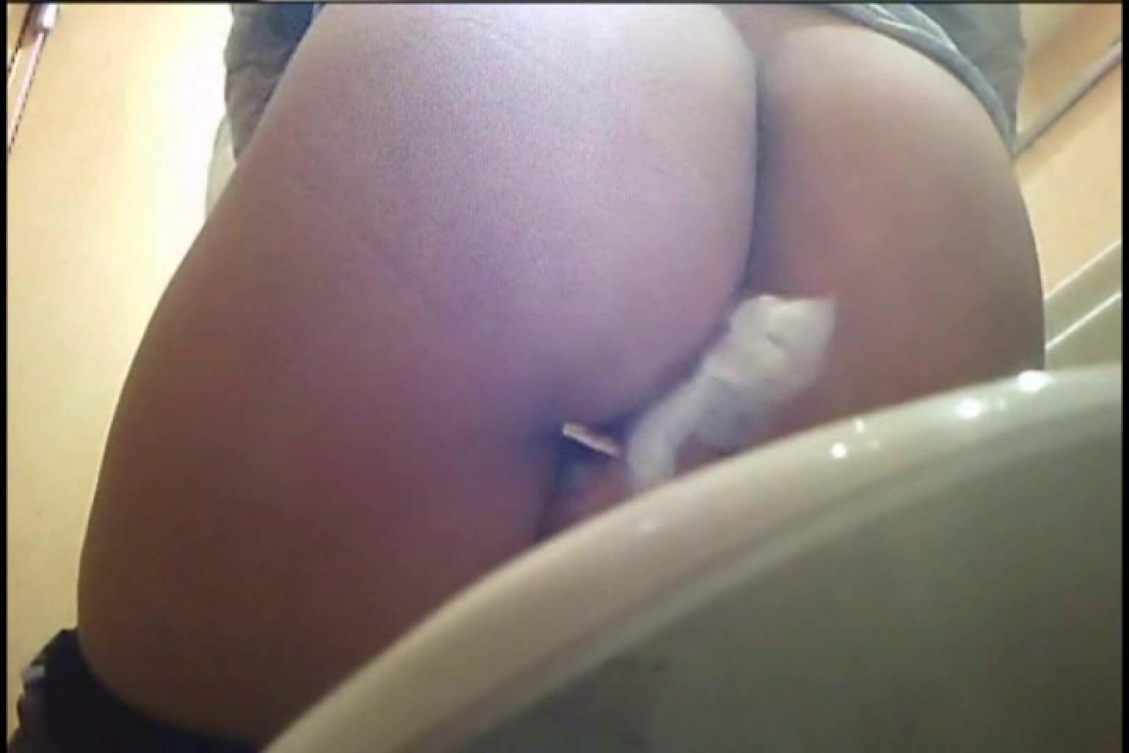 実録!熟女の用の足し方を覗く!! Vol.03 ナプキン エロ画像 101画像 11
