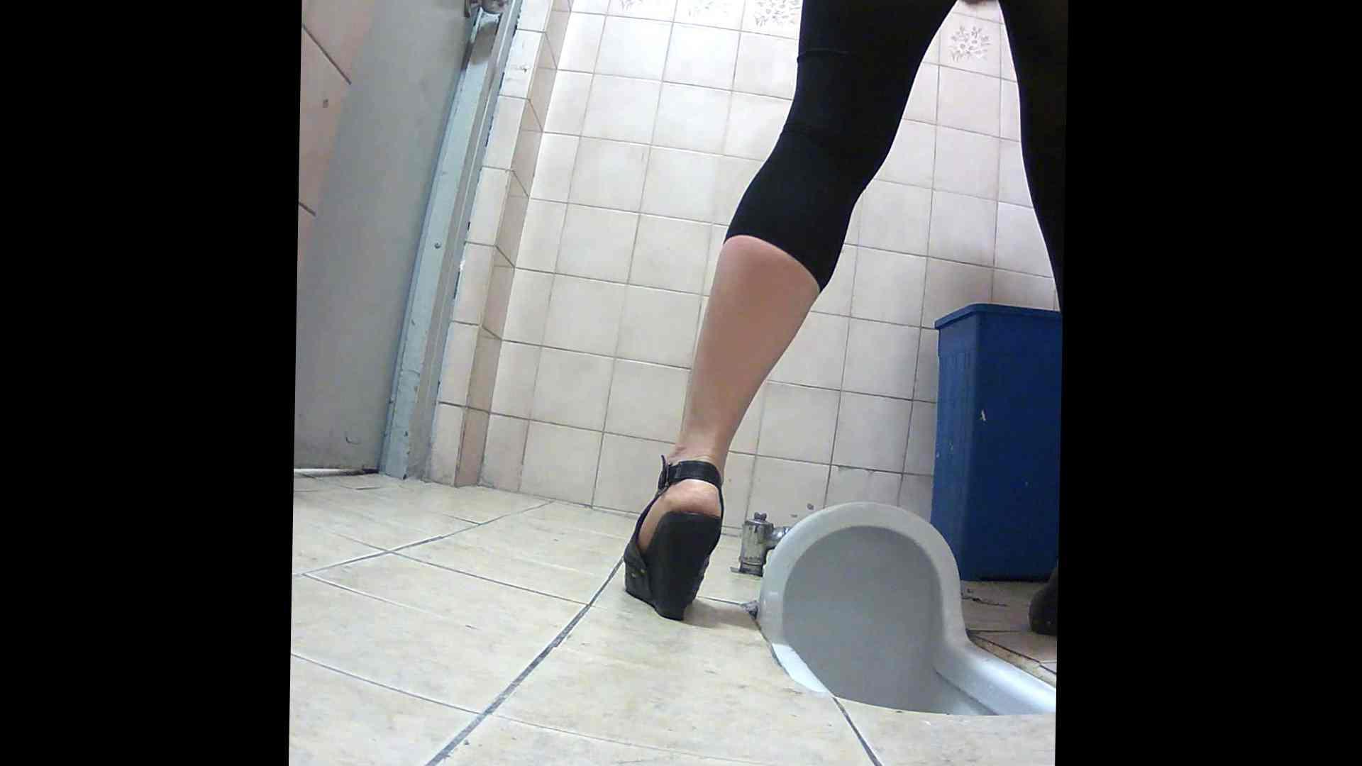 潜入!!韓国秘密のトイレ!Vol.16 潜入女子トイレ 戯れ無修正画像 105画像 3