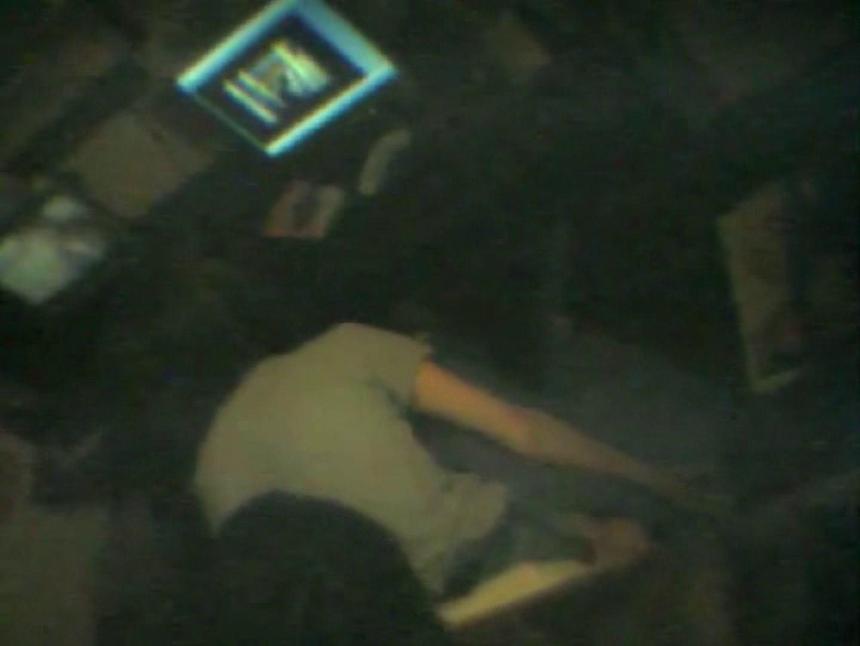 インターネットカフェの中で起こっている出来事 vol.002 すけべなカップル  101画像 2