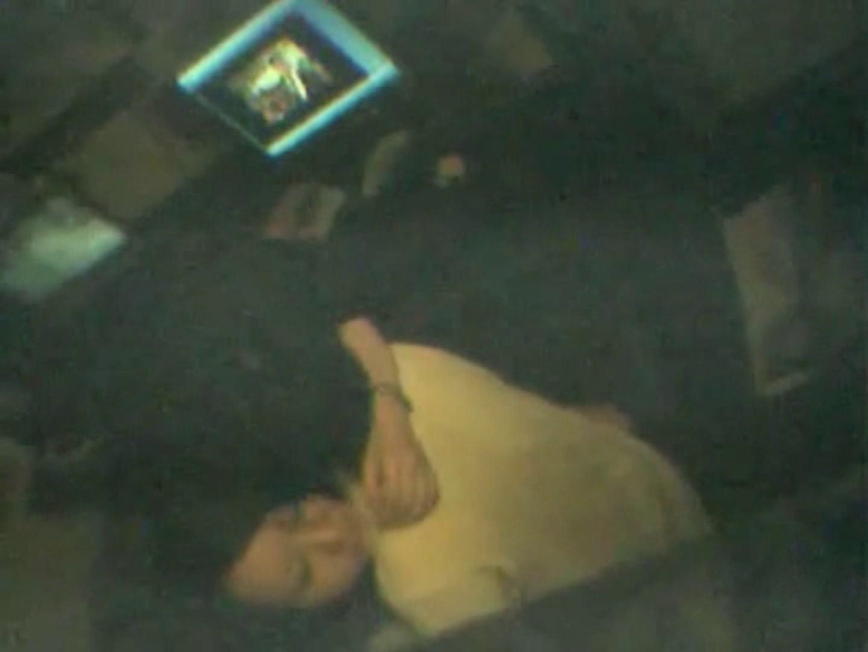 インターネットカフェの中で起こっている出来事 vol.002 すけべなカップル  101画像 80