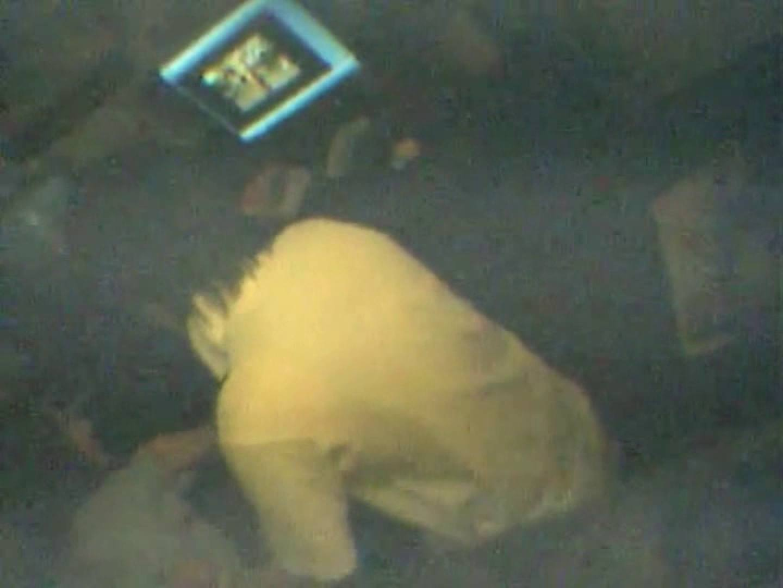 インターネットカフェの中で起こっている出来事 vol.002 すけべなカップル  101画像 94