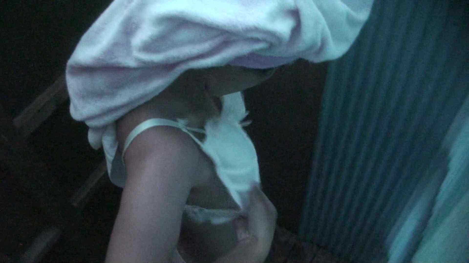 シャワールームは超!!危険な香りVol.26 大学生風美形ギャル 暗さが残念! S級美女ギャル セックス無修正動画無料 106画像 15