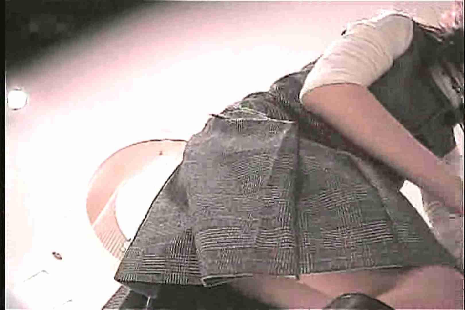 ショップ店員のパンチラアクシデント Vol.12 S級美女ギャル   チラ見せヌード  96画像 66