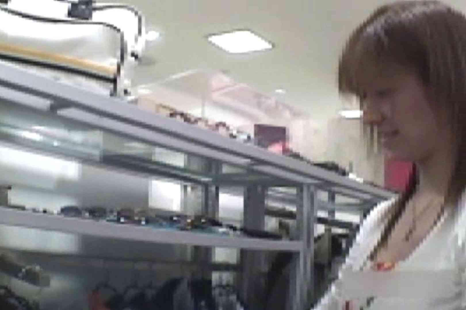 ショップ店員のパンチラアクシデント Vol.19 チラ見せヌード 濡れ場動画紹介 96画像 2