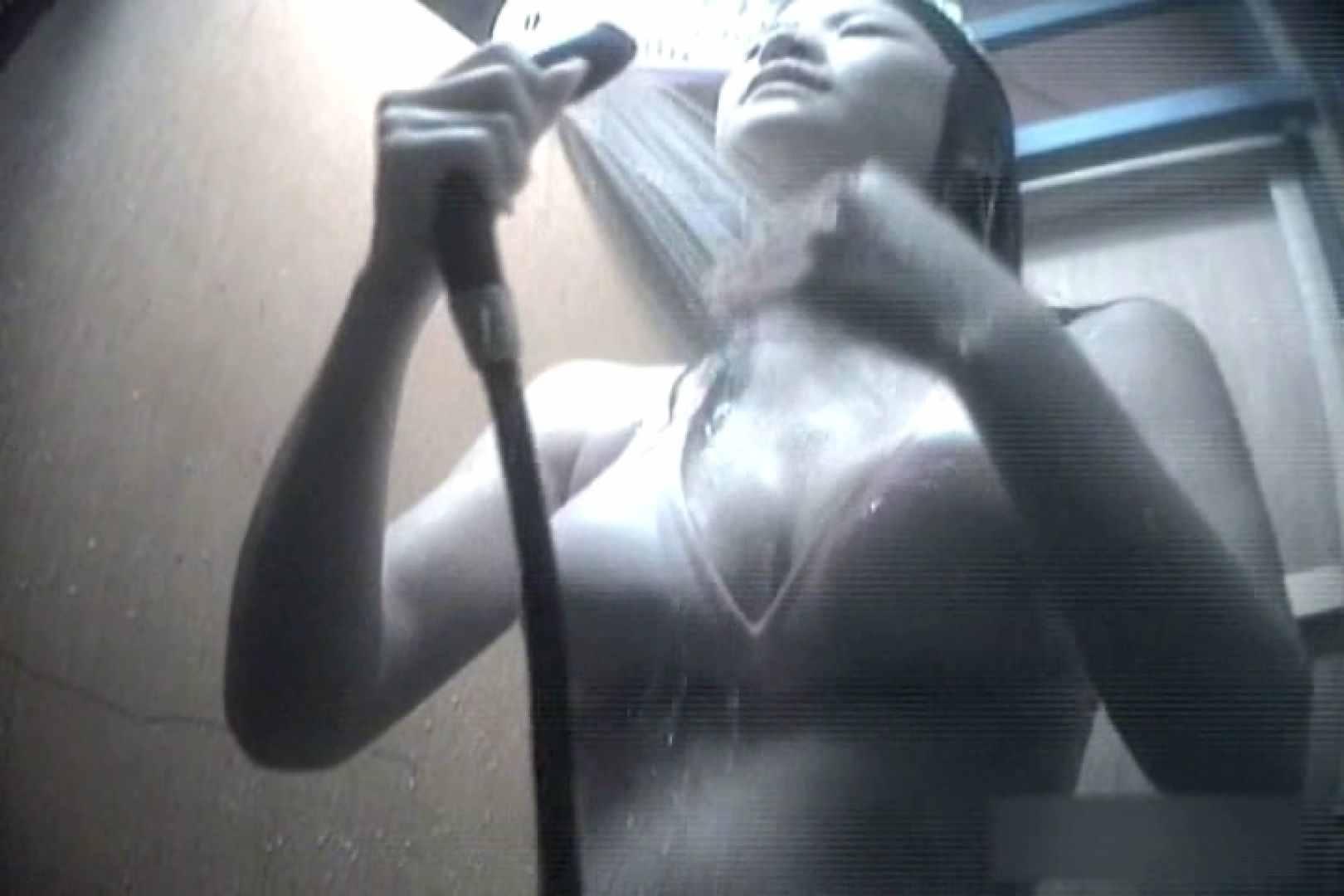 夏海シャワー室!ベトベトお肌をサラサラに!VOL.09 日焼け エロ無料画像 76画像 4