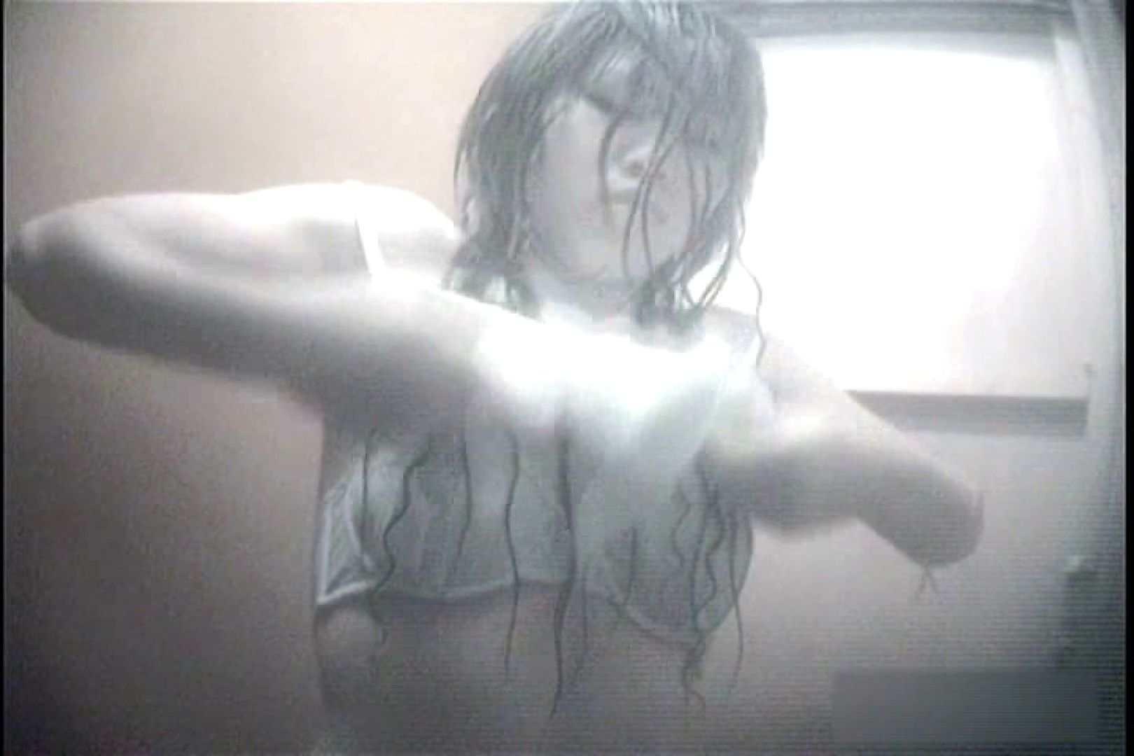 夏海シャワー室!ベトベトお肌をサラサラに!VOL.09 日焼け エロ無料画像 76画像 16
