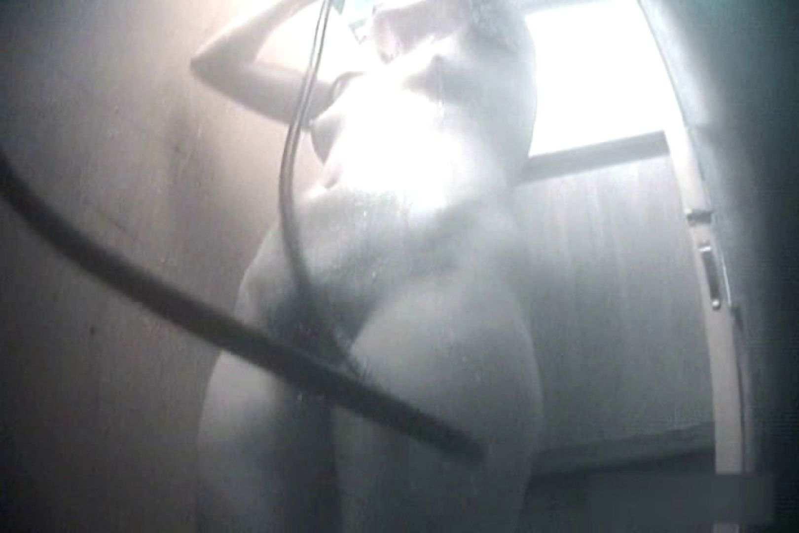 夏海シャワー室!ベトベトお肌をサラサラに!VOL.09 すけべなOL  76画像 36