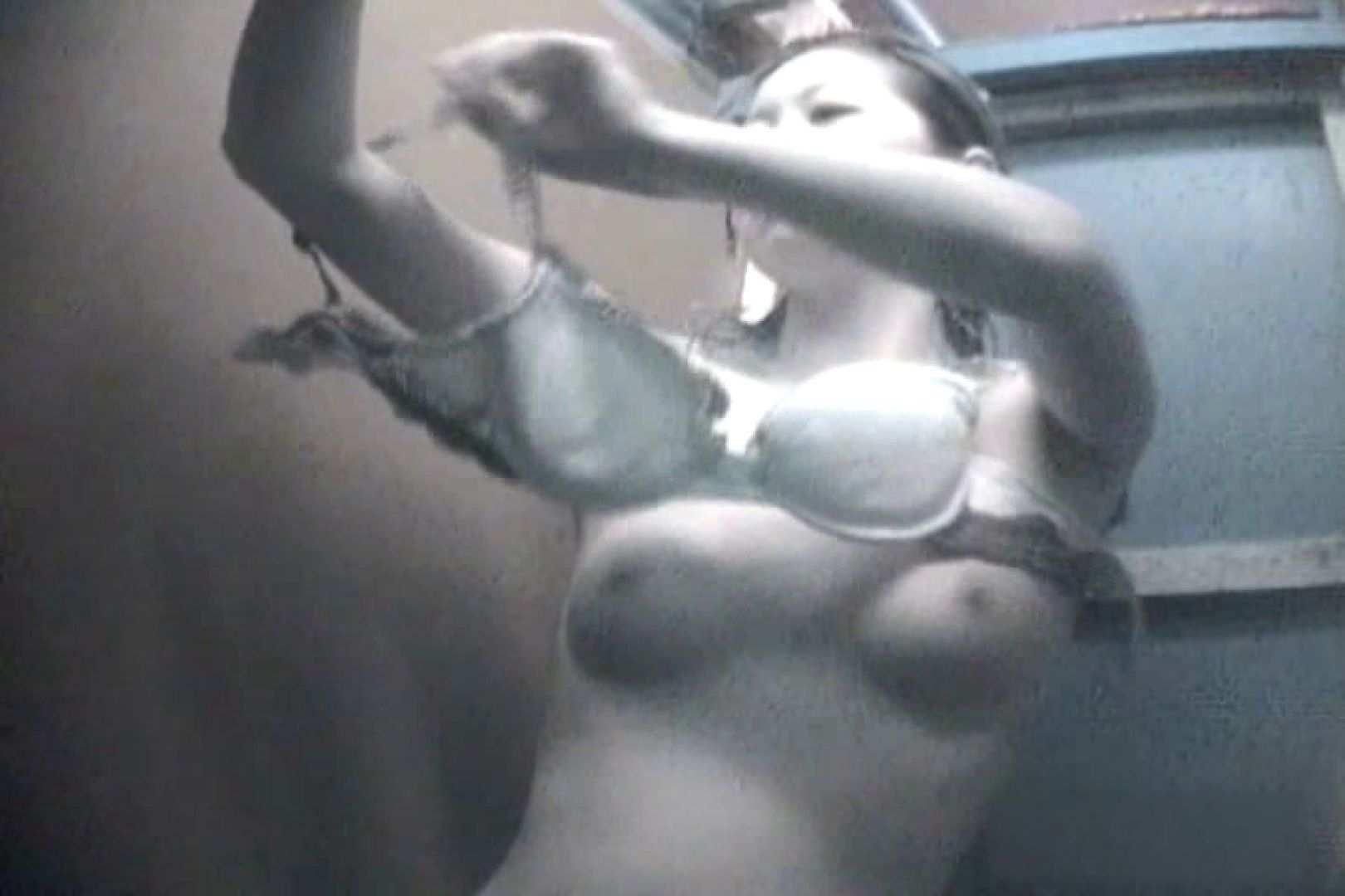 夏海シャワー室!ベトベトお肌をサラサラに!VOL.09 日焼け エロ無料画像 76画像 64